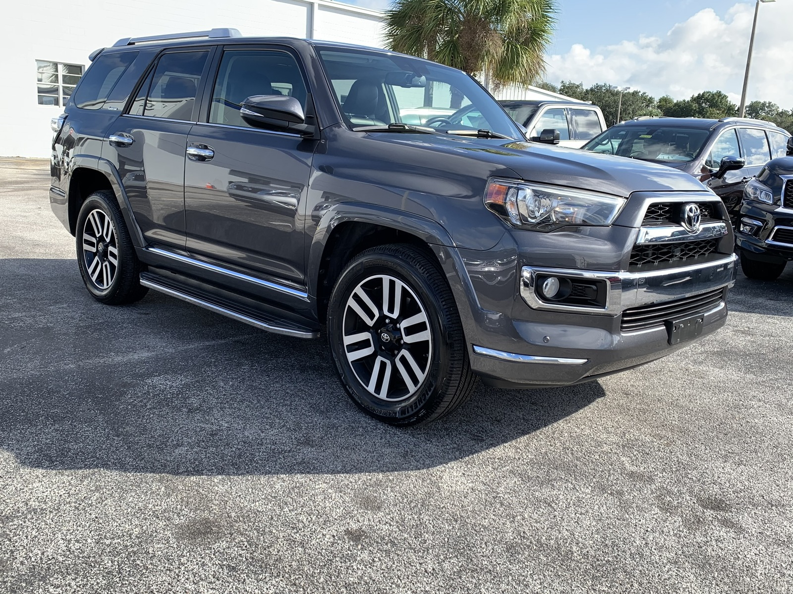 Pre-Owned 2016 Toyota 4Runner RWD 4dr V6 Limited