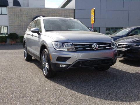 New 2020 Volkswagen Tiguan 2.0T SEL FWD With Navigation